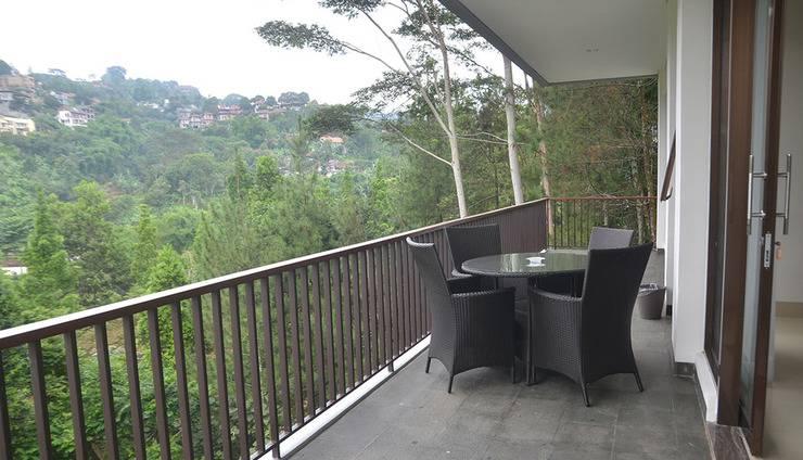 6 BR Pool Villa Dago Hill View Bandung - pic11
