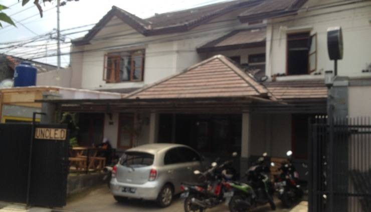 Harga Hotel Uncle D Bed and Breakfast (Bandung)