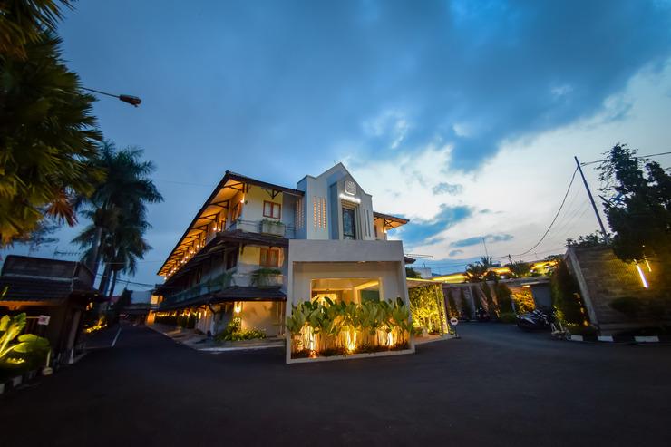 Hotel Nyland Pasteur - HOTEL