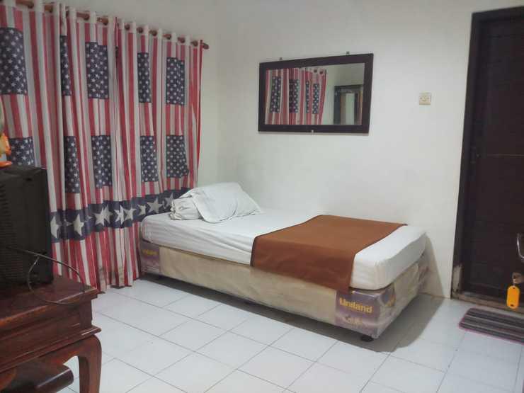 Rahayu Bromo 2 Cottage Probolinggo - Bedroom