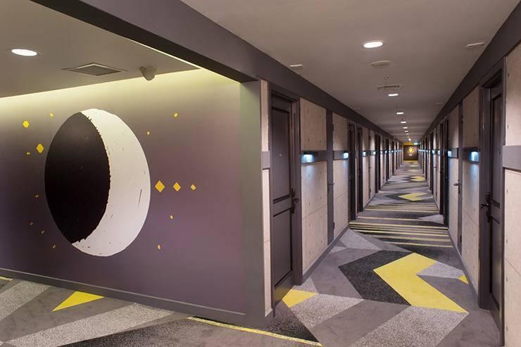 Rooms Inc Hotel Semarang - Corridor