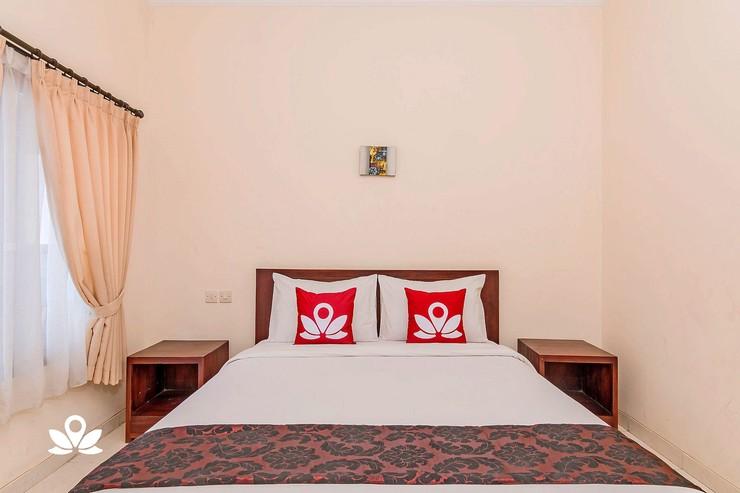 ZenRooms Sunshine Dewi Sartika - Double Room