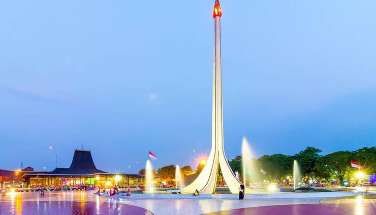Red Planet Jakarta Pasar Baru - Surroundings