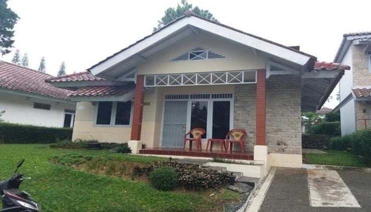 Santibi's Villa Kota Bunga Melati D Cianjur - Facade