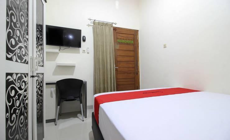 RedDoorz Plus near STIE YKPN 2 Yogyakarta - Guest room
