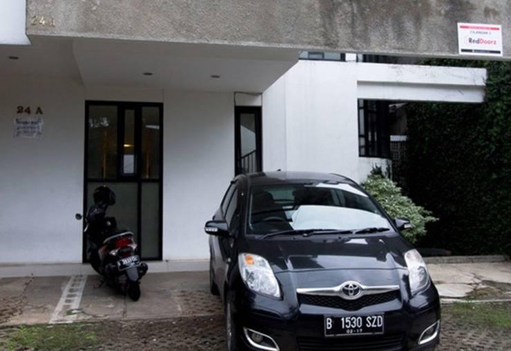 RedDoorz @Cilandak 3 Jakarta - Eksterior