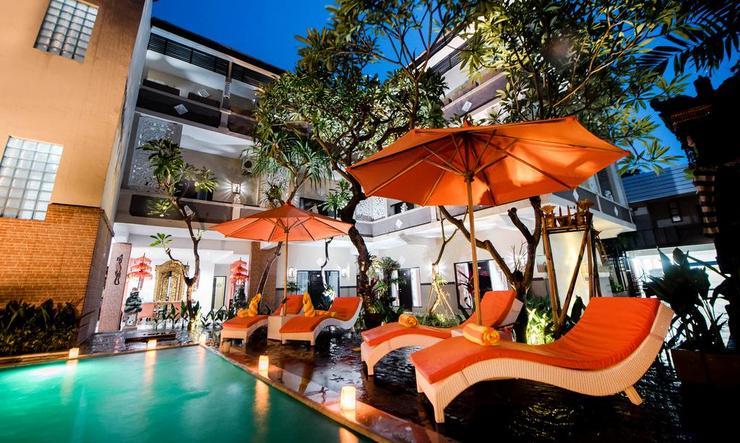 Grand Pudjawan Hotel Bali - Pool