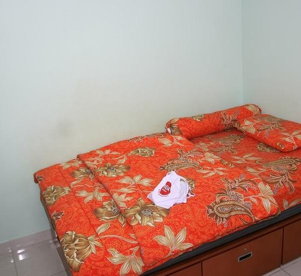 NIDA Rooms Kahfi 99 Ragunan Zoo Jakarta - Kamar tidurr