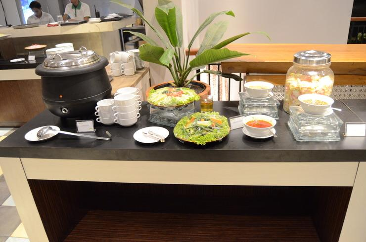 Amanuba Hotel & Resort Rancamaya Bogor - Buffet