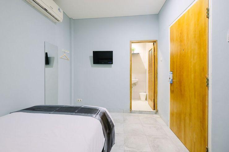 Lopi Hotel Makassar - Room