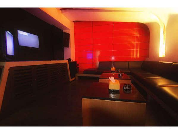 Pesona Hotel Cikarang - Karaoke