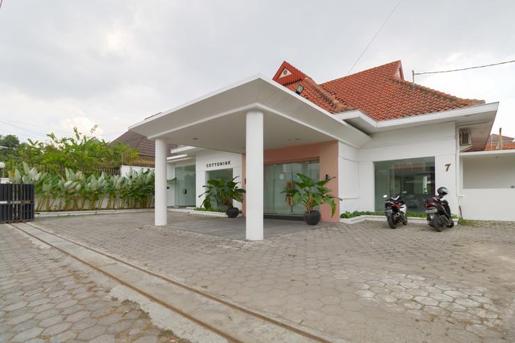 RedDoorz Plus @ Demangan Gejayan Yogyakarta - Photo