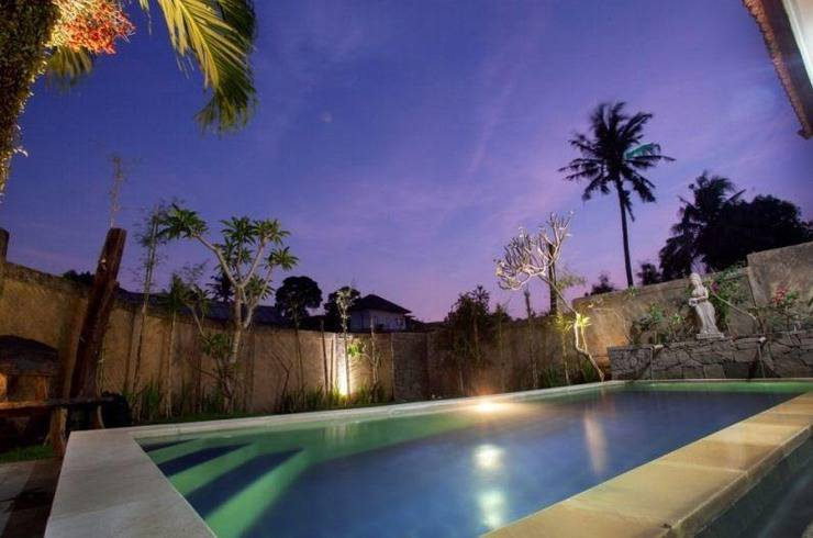 Kubu Jepun Villa Bali - Kolam Renang