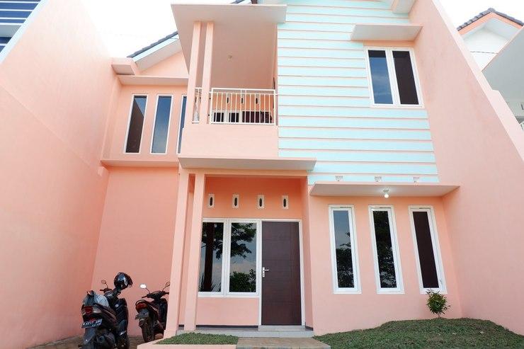 Griya Andhara Homestay Syariah Malang - Exterior