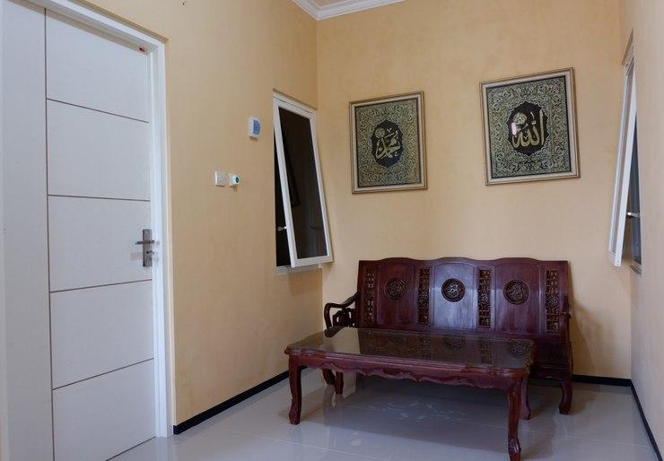 Griya Andhara Homestay Syariah Malang - Interior