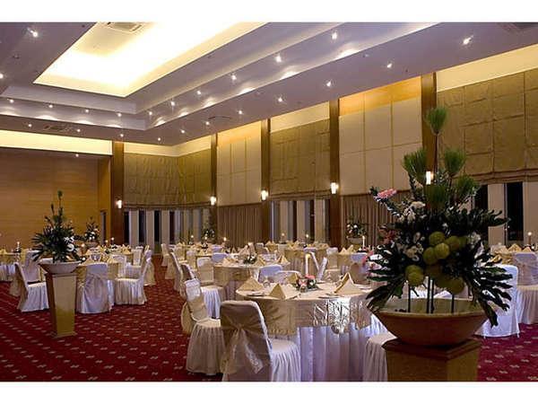 Serela Riau Hotel Bandung - Ballroom