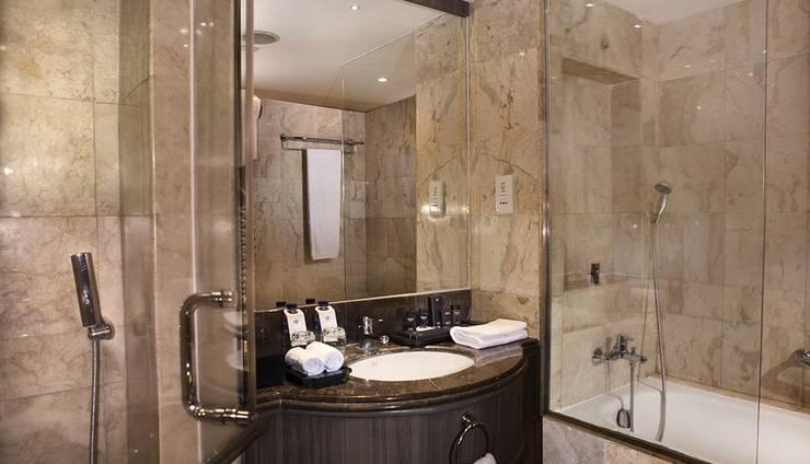 Hotel Melia Purosani Yogyakarta - Kamar mandi