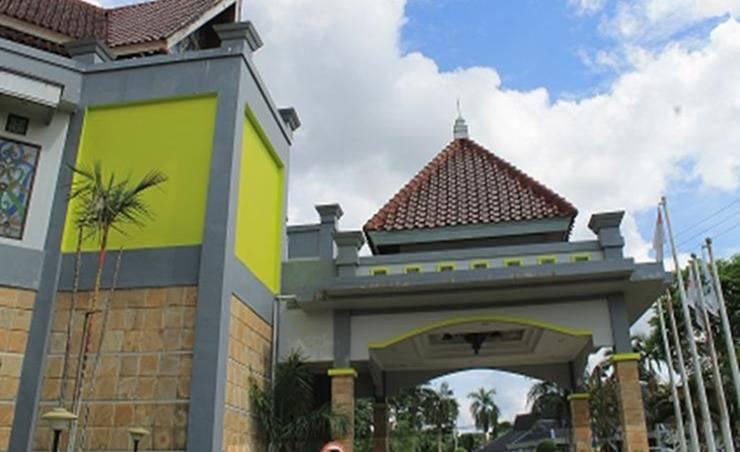 Review Hotel Elty Smart Lesong Batu (Tenggarong)