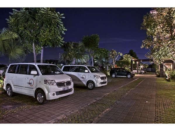 The Sunset Hotel Bali - Area parkir
