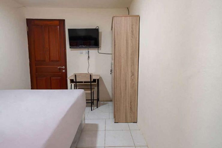 Cari 004 Kayu Putih Residence Jakarta - Bedroom