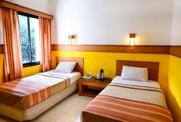 Hotel Caravan Jakarta - Guest Room