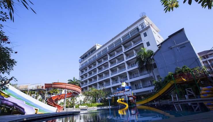 Grand Aquarium Hotel Pangandaran - Exterior