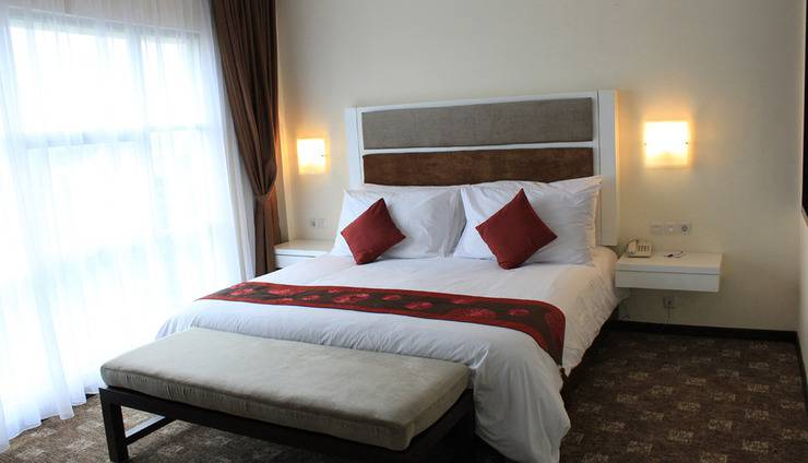 President Executive Club Cikarang - Room Vice President Suite