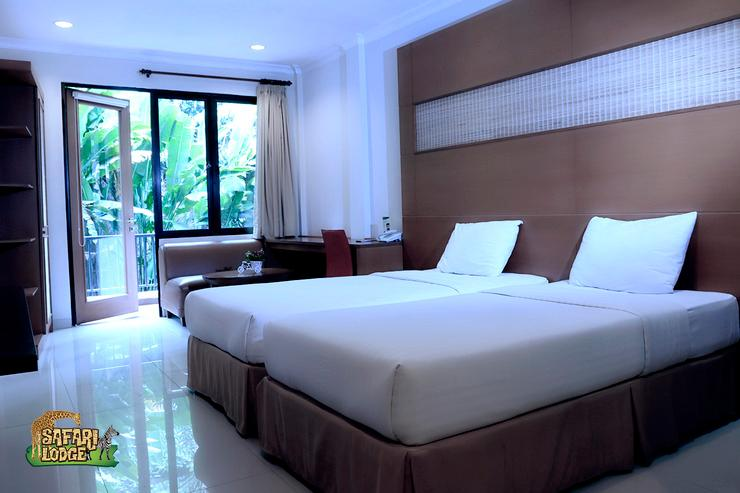Taman Safari Lodge Cisarua - Deluxe Room