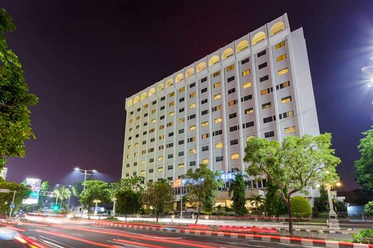 Hotel Sahid Surabaya - Front of Property