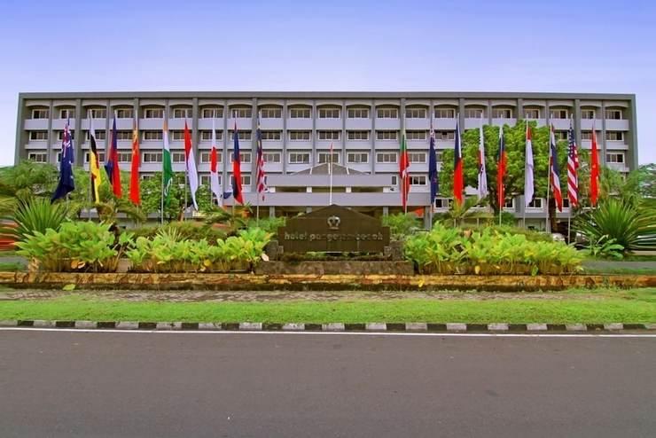 Hotel Pangeran Beach Padang - Front of Property