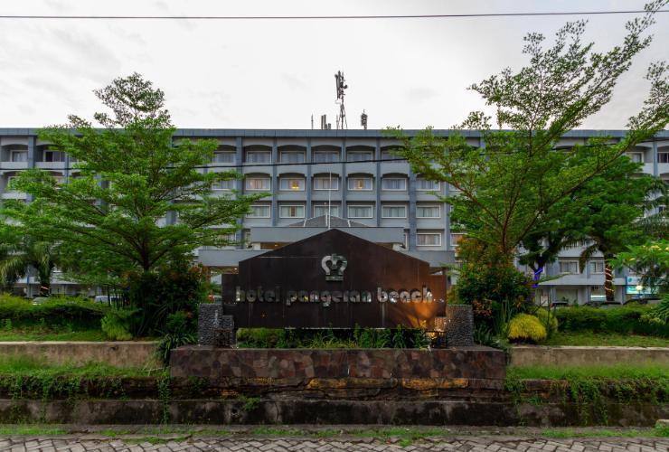 Hotel Pangeran Beach Padang - Appearance