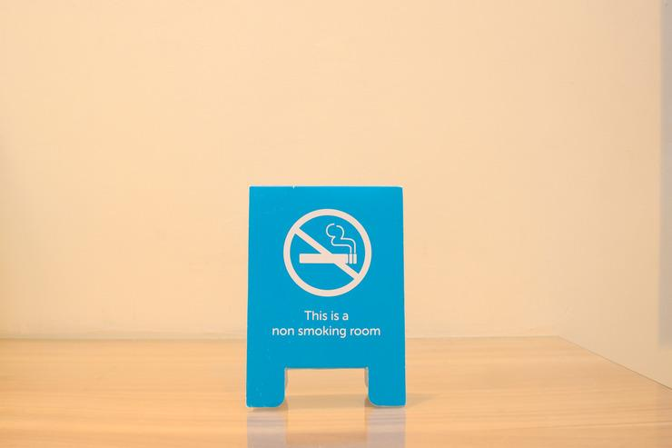 Airy Biringkanaya Bulurokeng Botolempangan Raya 53 Makassar - Non-Smoking Sign