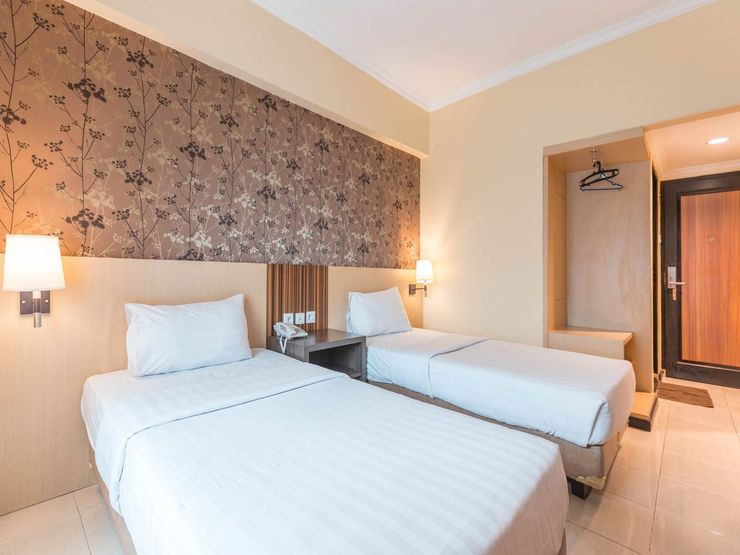 Jusenny Hotel Syariah Jakarta - Bedroom