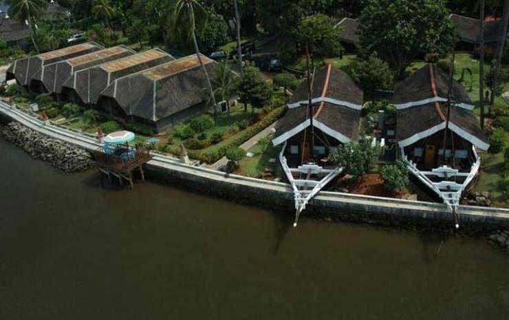 Putri Duyung Ancol - Surroundings/View