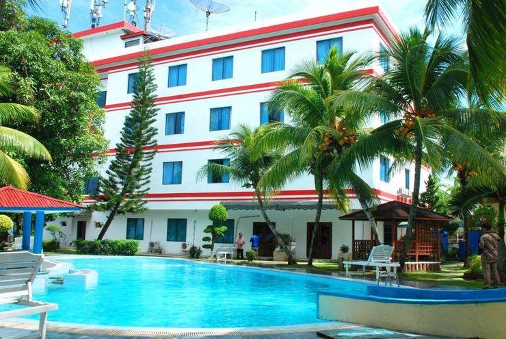 RR Wisata Indah Hotel Tapanuli Tengah - Facade