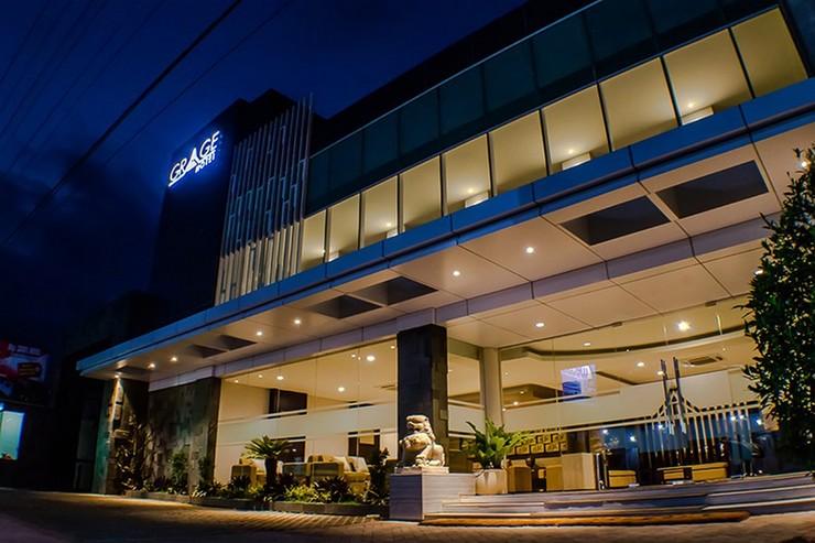 RedDoorz Premium near Exit Toll Malang Malang - Bangunan Properti