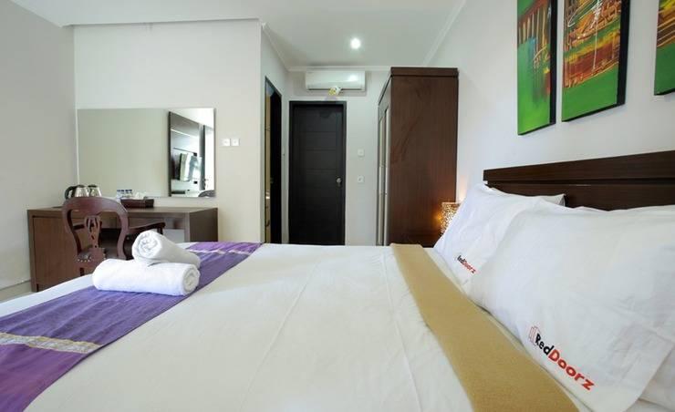 RedDoorz @Nakula Timur Bali - Bedroom