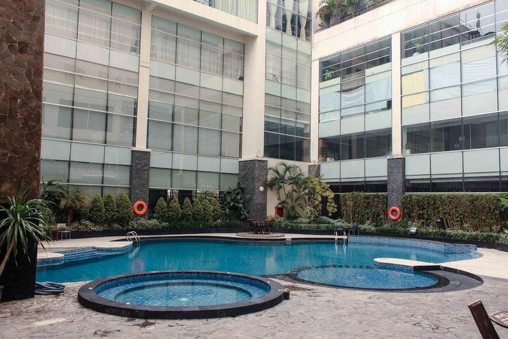 Hotel Menara Bahtera Balikpapan - Outdoor Pool