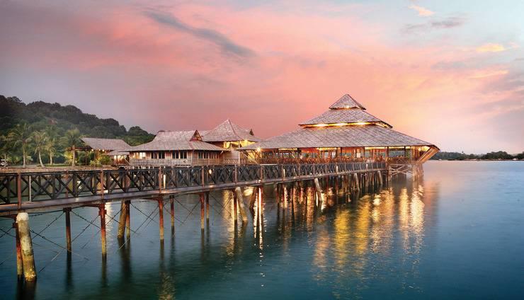 Nirwana Resort Hotel Bintan - The Kelong Seafood Restaurant