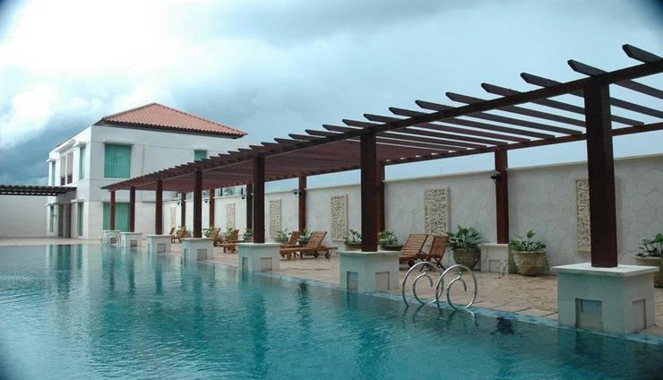 Grand Surya Hotel Kediri - Pool