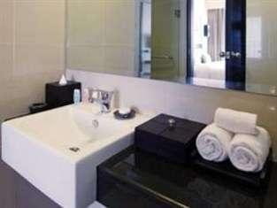 Aston Denpasar - Kamar mandi
