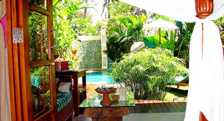 Green Chaka Villa Bali - Pemandangan Kolam Renang