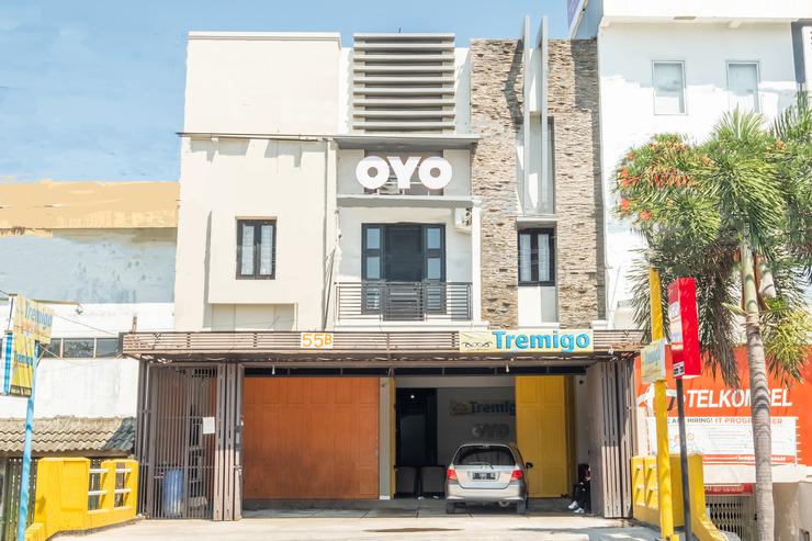 OYO 936 Tremigo Guest House Syariah Cirebon - facade