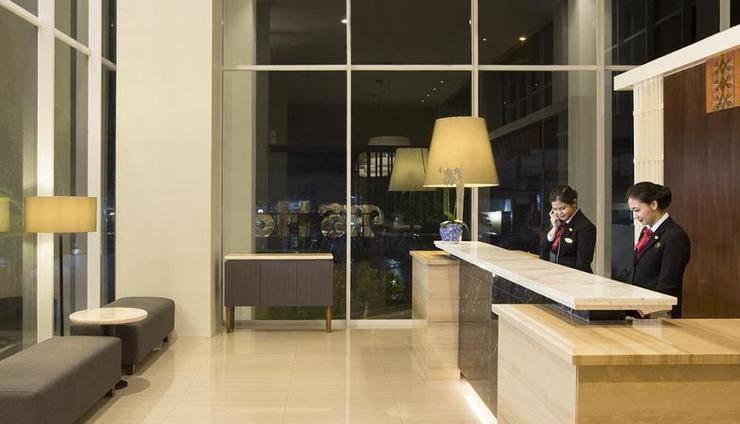Hotel Santika Pekalongan - Lobby