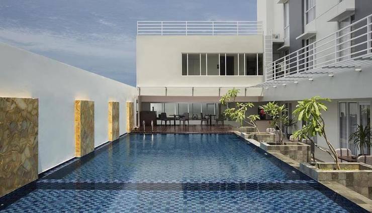 Hotel Santika Pekalongan - Pool