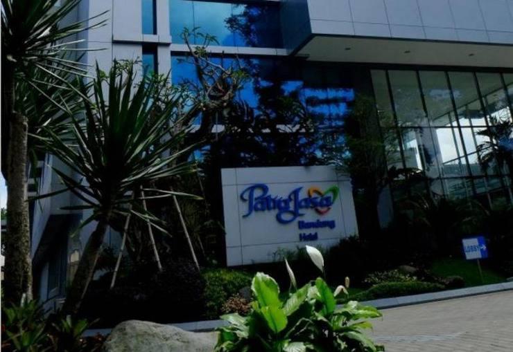 Patra Comfort Bandung - Hotel Building