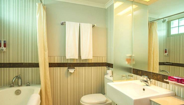 favehotel Cihampelas - Bath Room