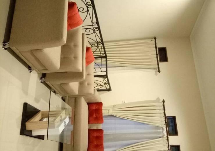 Villa Estate KE Malang - Ruang Keluarga