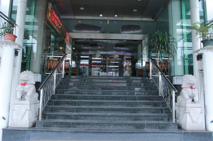 Capital O 126 Business Hotel Jakarta - Stairs