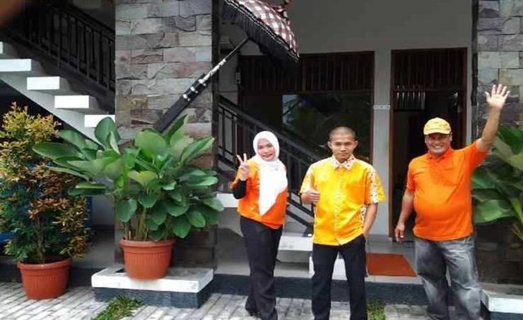 Harga Hotel Riz-Q Guest House (Pematangsiantar)